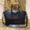 Givenchy Medium Antigona Bag in Black Smooth Calfskin 285173L
