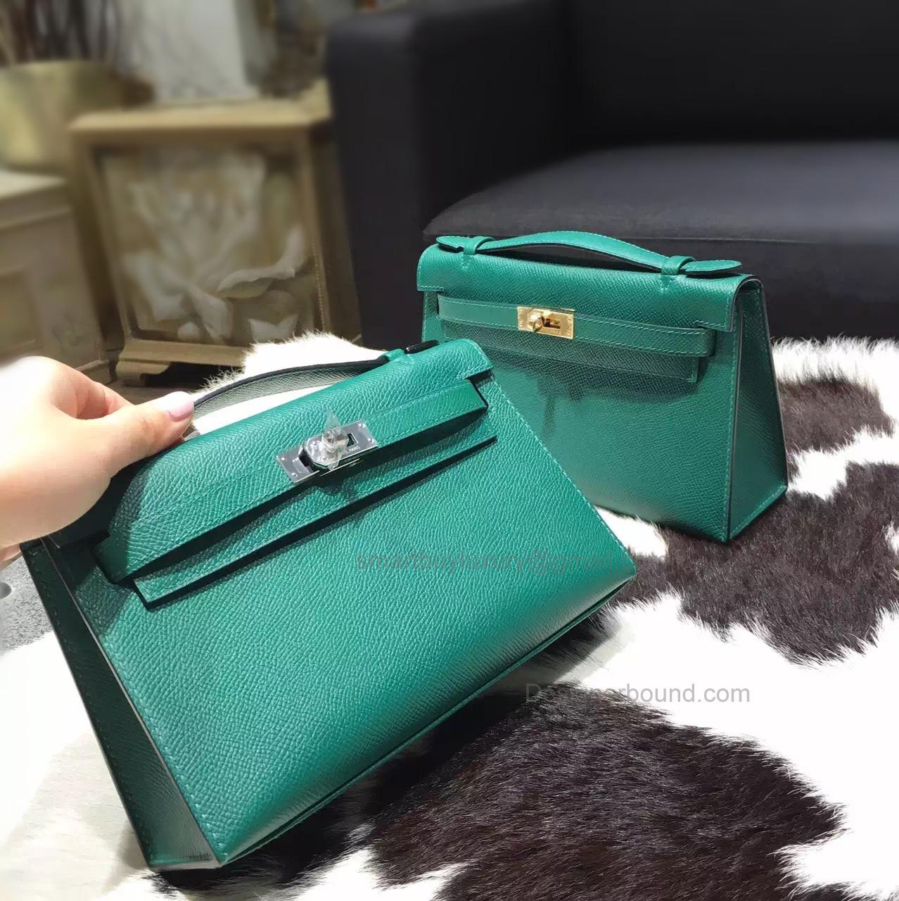 43206f9c42fe Handmade Hermes Mini Kelly 22 Pochette Bag in z6 Malachite Epsom Calfskin
