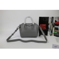 Givenchy Antigona Small handbag in Grey Lambskin